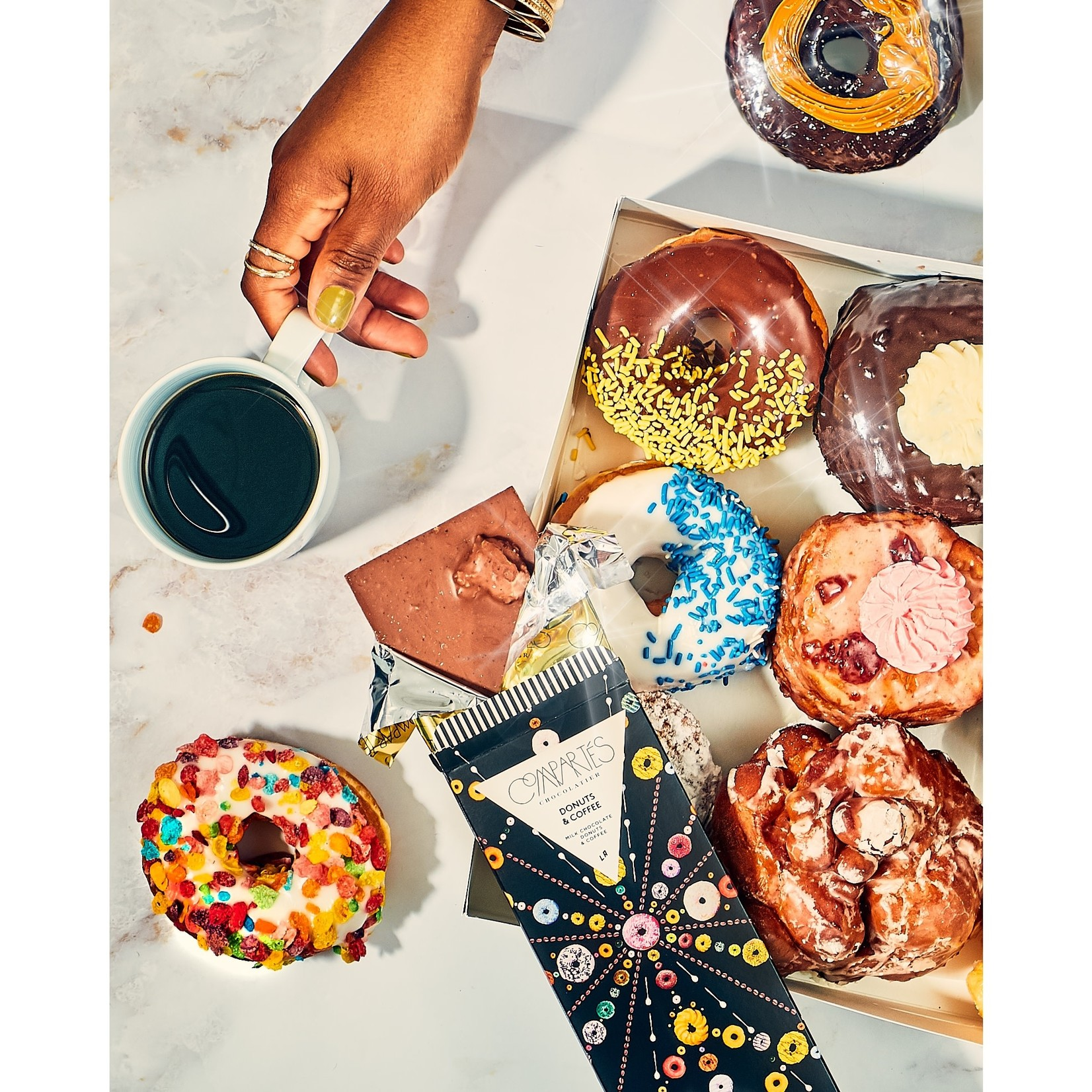 Compartes Chocolate Compartes Donuts & Coffee Milk Chocolate Bar