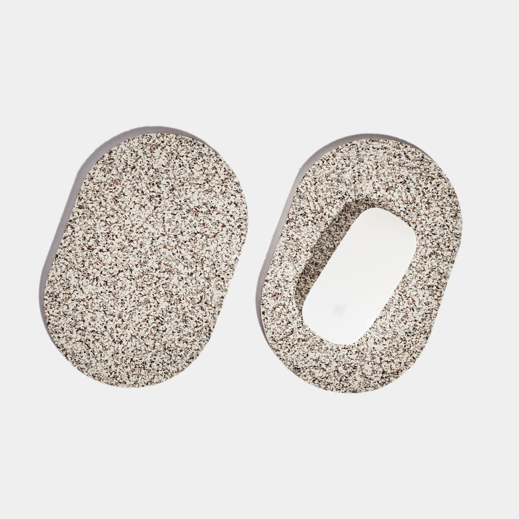 Slash Objects Slashed Objects Capsule Trivet Duo Sand