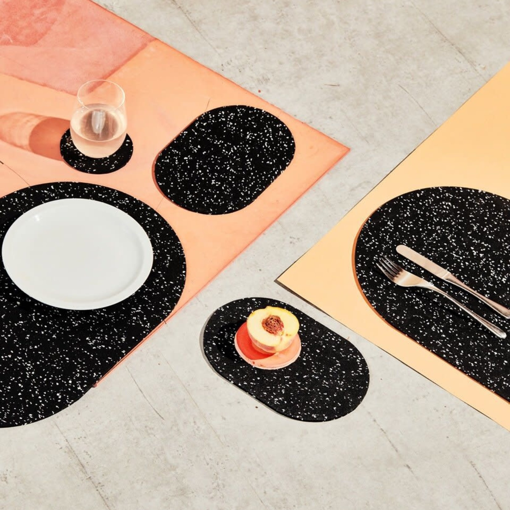 Slash Objects Slashed Objects Capsule Trivet Duo Speckled Black