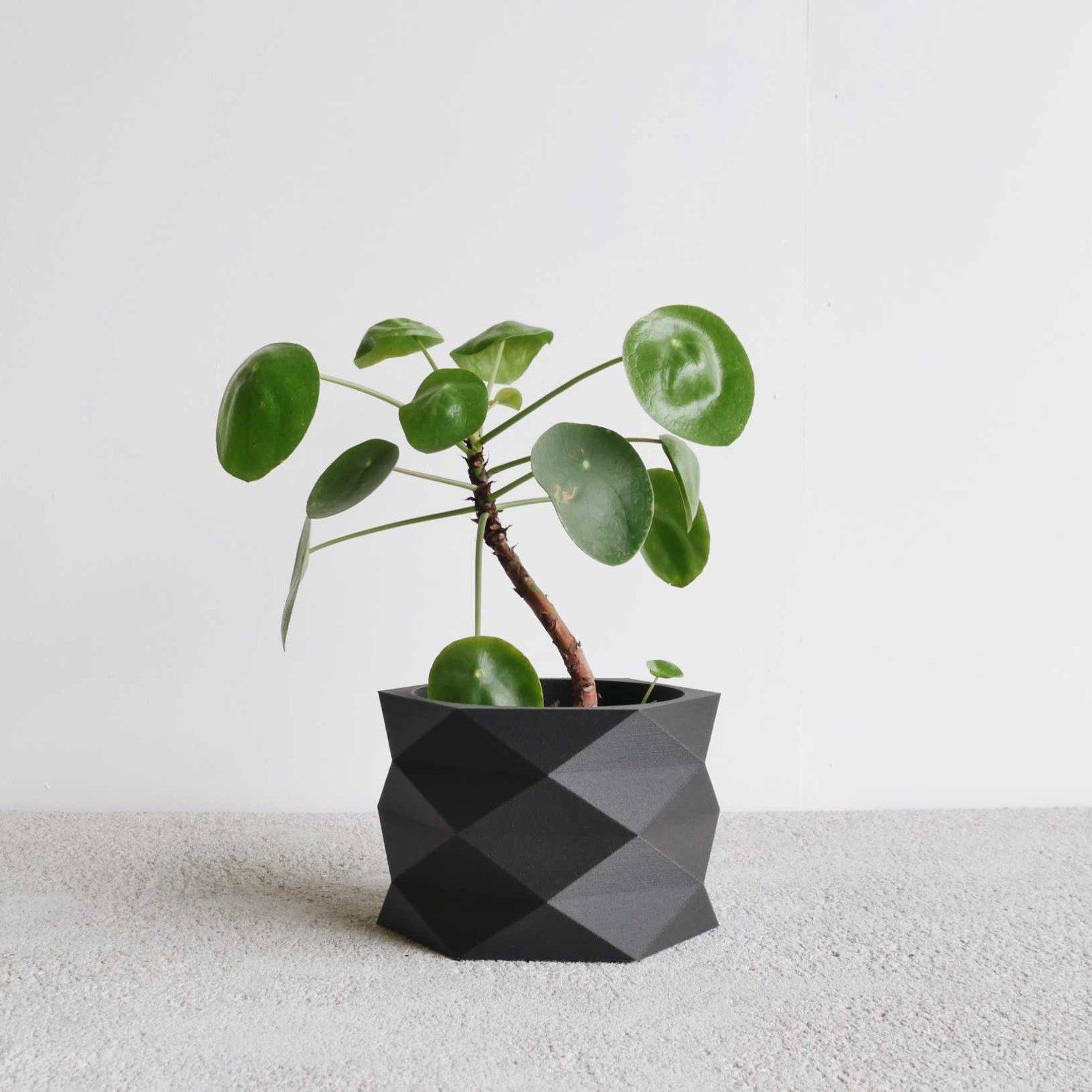 Minimum Design Minimum Design Diamant Planter Black