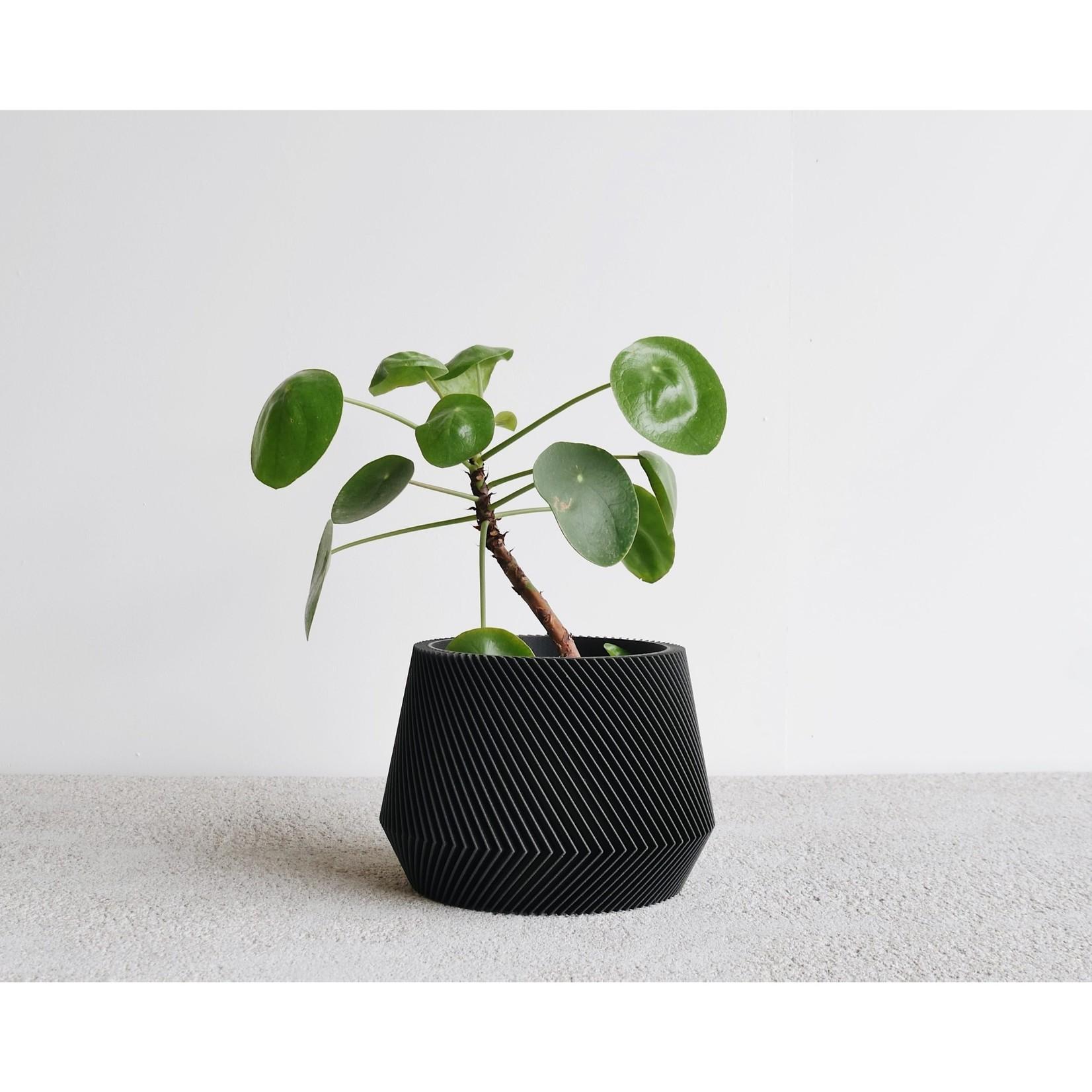 Minimum Design Minimum Design Oslo Planter Black Large