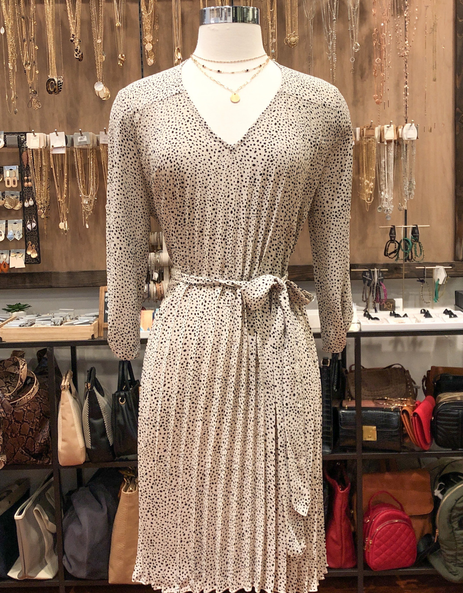 ID30474 SPOTTED PLEATED DRESS
