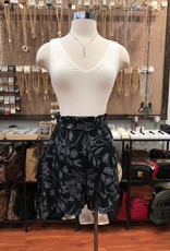 P17274A FLORAL PAPERBAG SHORTS