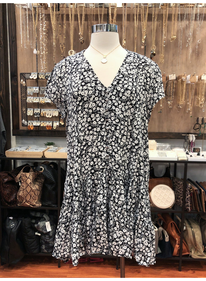 CAP SLEEVE TIERED BUTTON DRESS