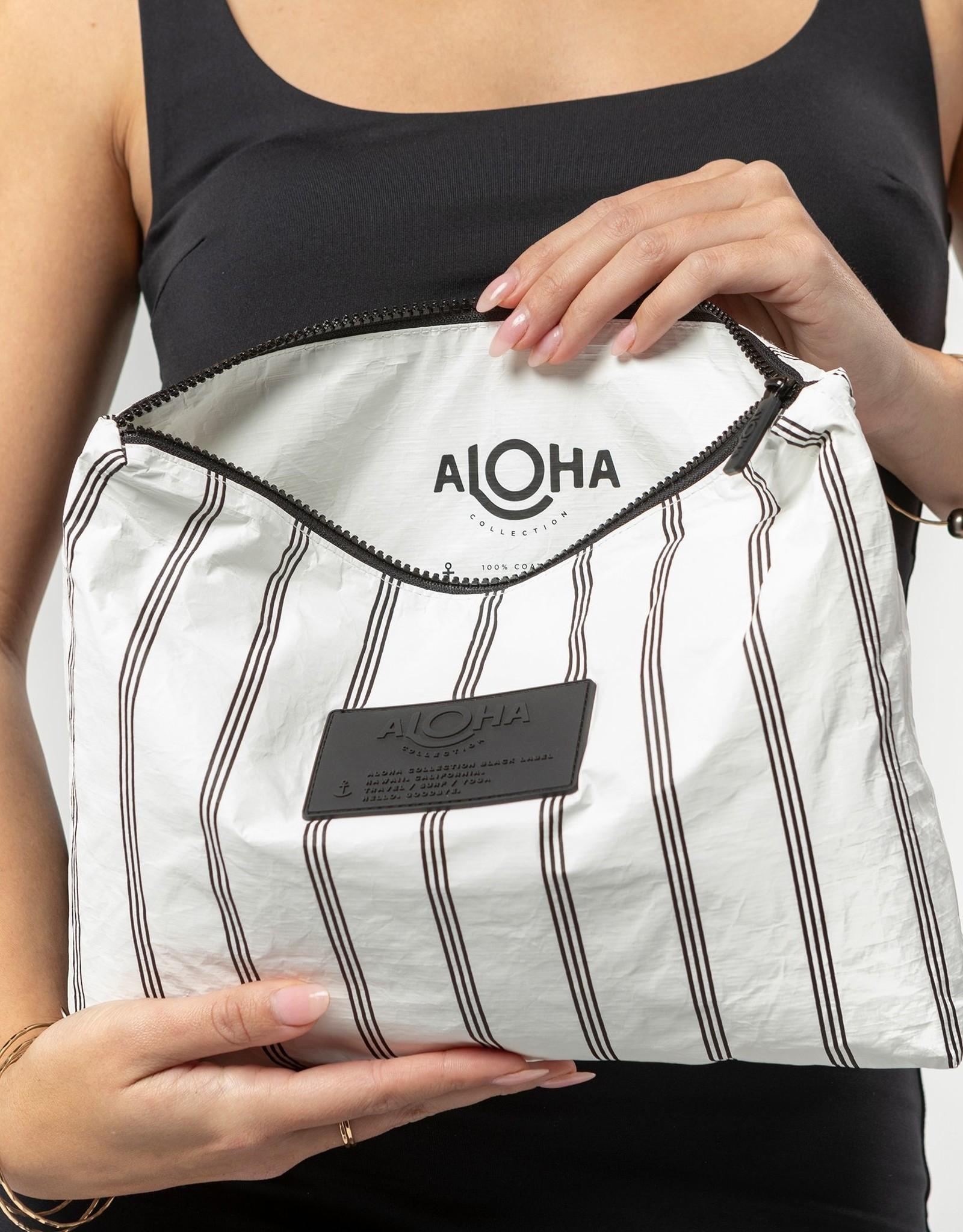ALOHA COLLECTION MID CHARTER BLACK ON WHITE
