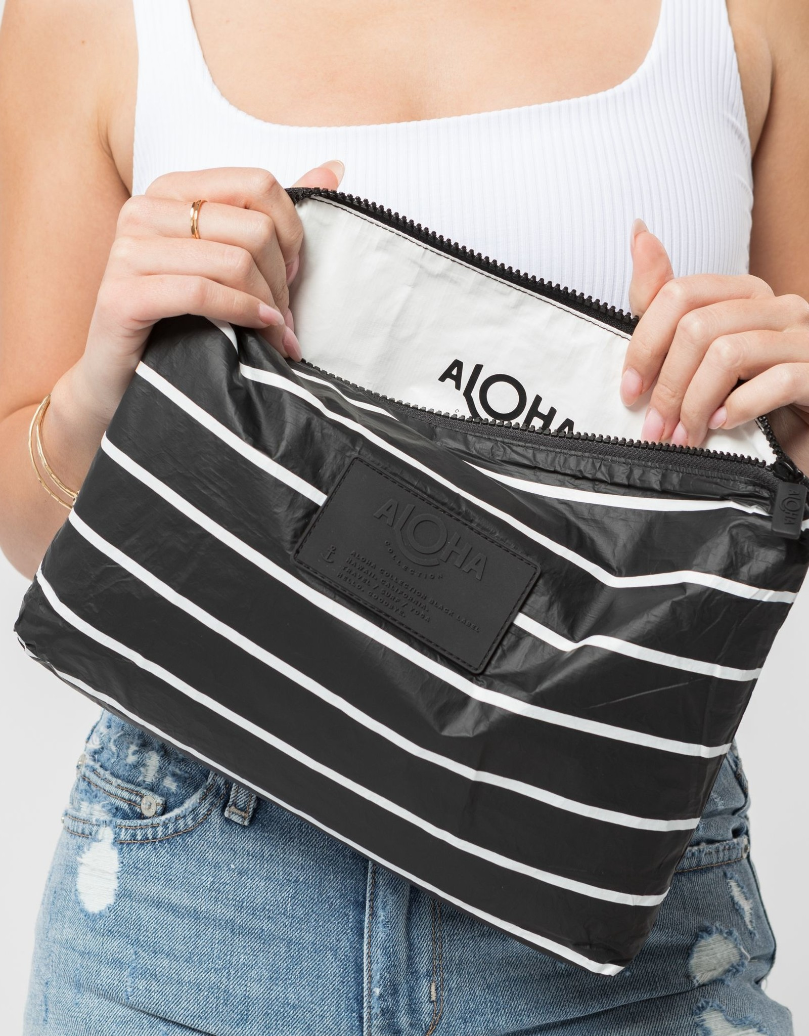 ALOHA COLLECTION MID PINSTRIPE BLACK