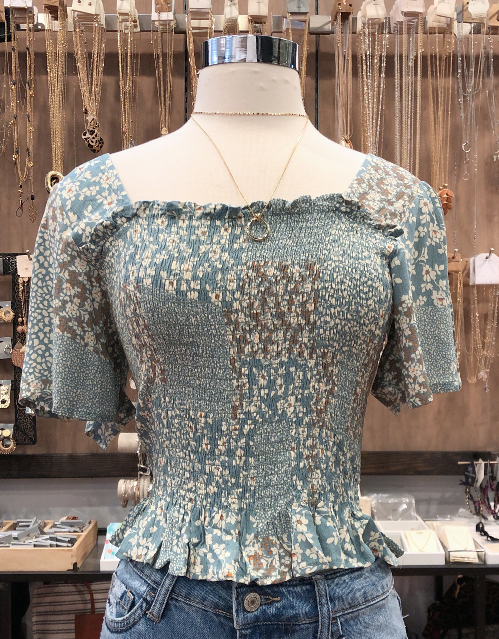 IT30603A FLORAL HALF SLEEVE TOP