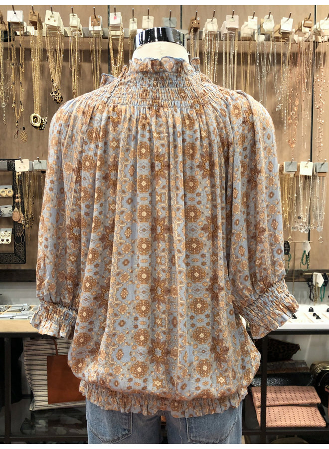 IT30517A ROCOCO PRINT SMOCKING BLOUSE