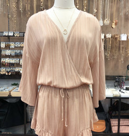 COMBED WAVE RUFFLE ROMPER
