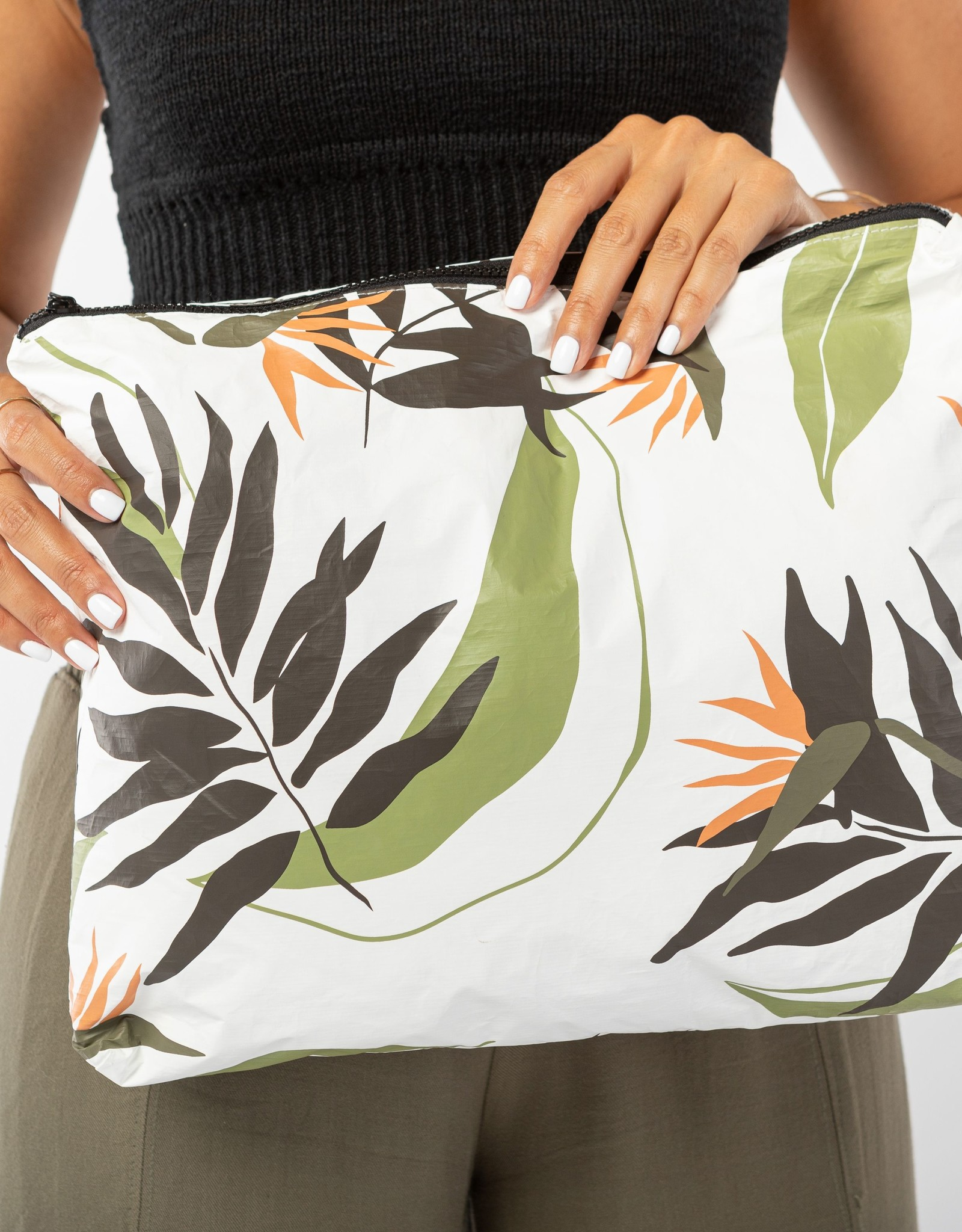 ALOHA COLLECTION MAX PAINTED BIRDS NEUTRALS