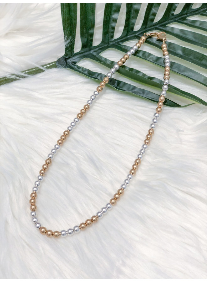 MASK CHAIN-SHORT GOLD/SILVER BEADS
