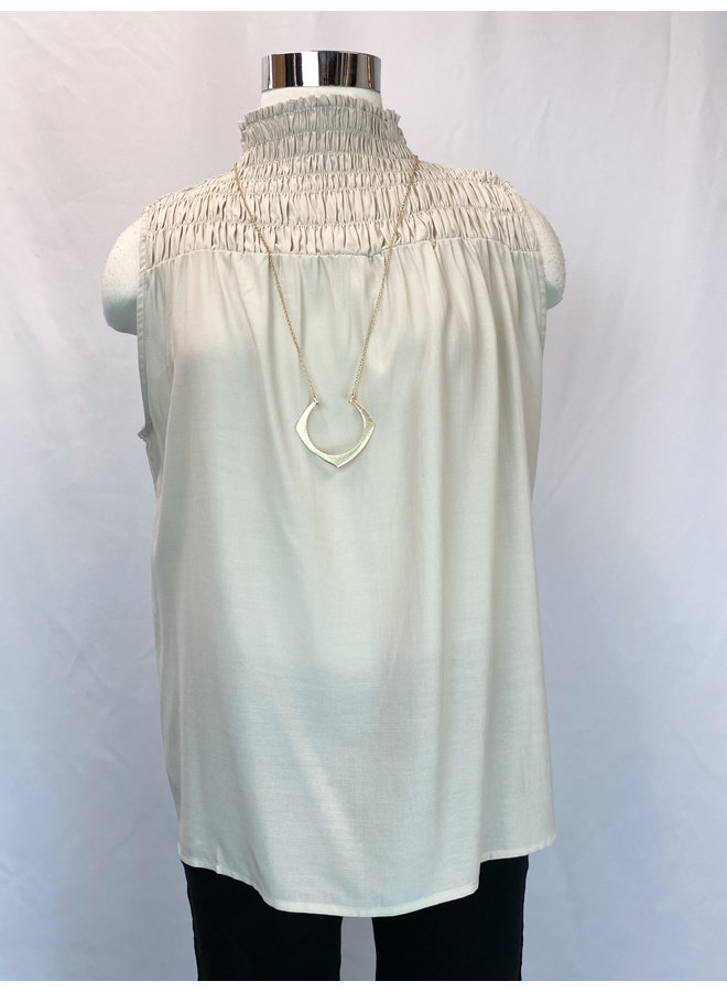SMOCKED SLEEVELESS BLOUSE