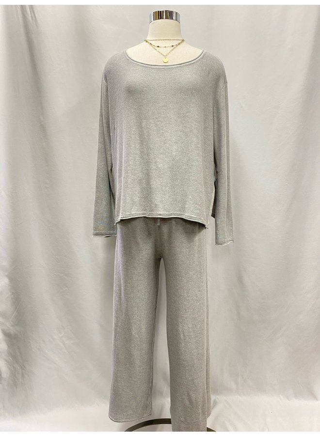 T30138 LONG SLEEVED PULLOVER