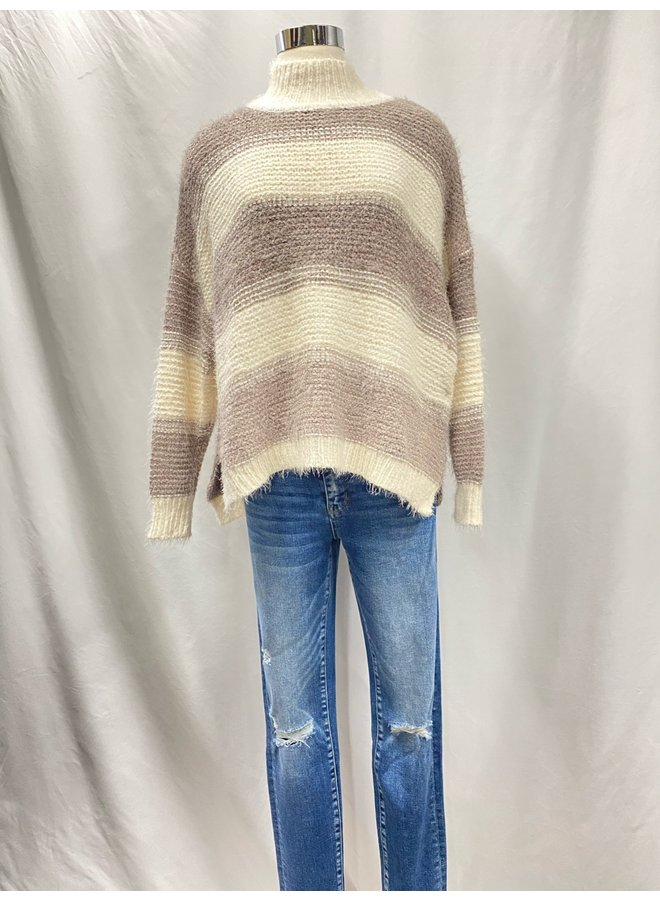 C10406 STRIPED SWEATER