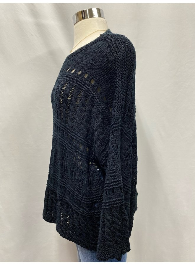 ST837-B CROCHET SWEATER
