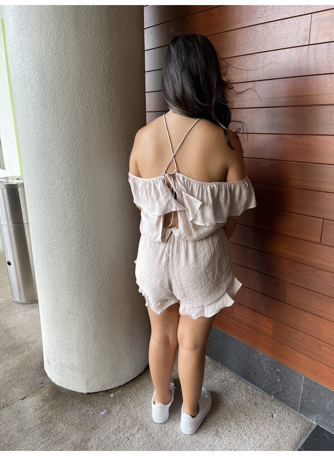 WL17-0579 (OL) COLD SHOULDER ROMPER