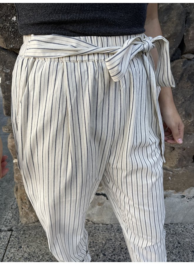 WL18-1466 (OL) STRIPED PANTS