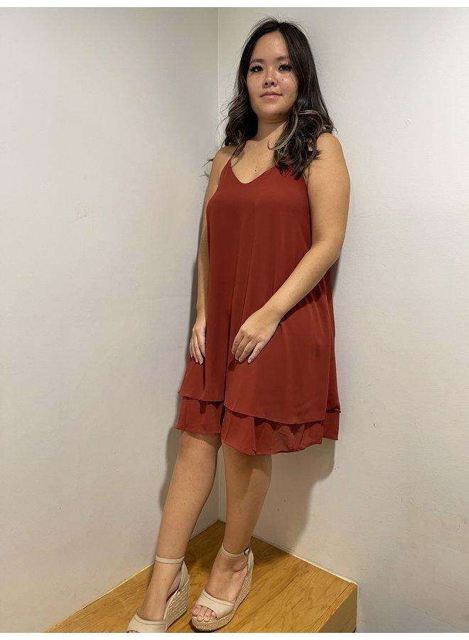 WL18-1335 V-NECK SLEEVELESS DRESS