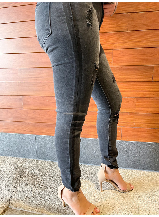 VT1227 MID RISE DISTRESSED ANKLE SKINNY