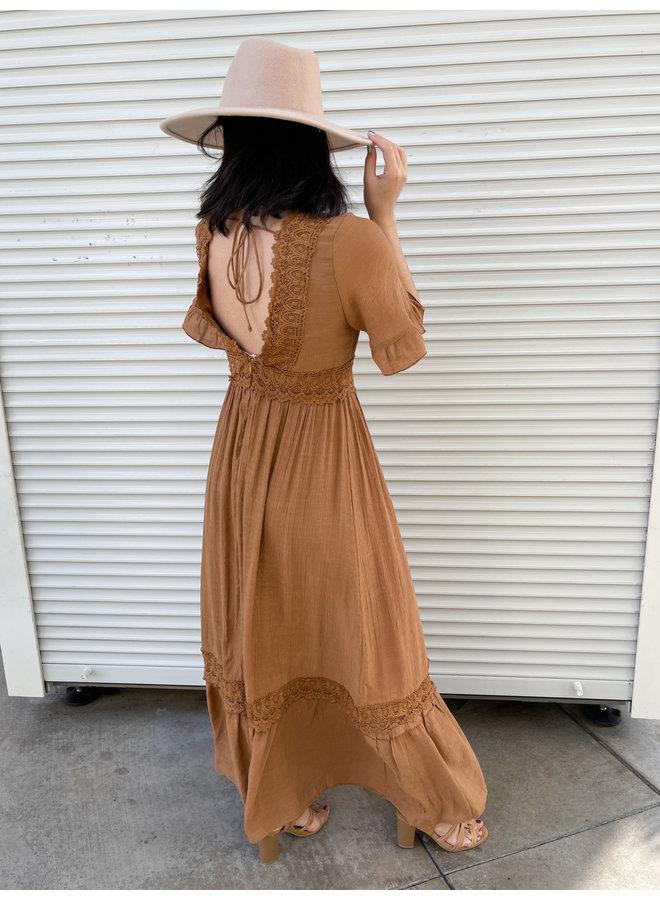 WL20-4064 CROCHET TRIM MAXI DRESS