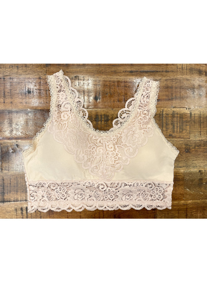 FT0418PLUS PADDED LACE BRALETTE