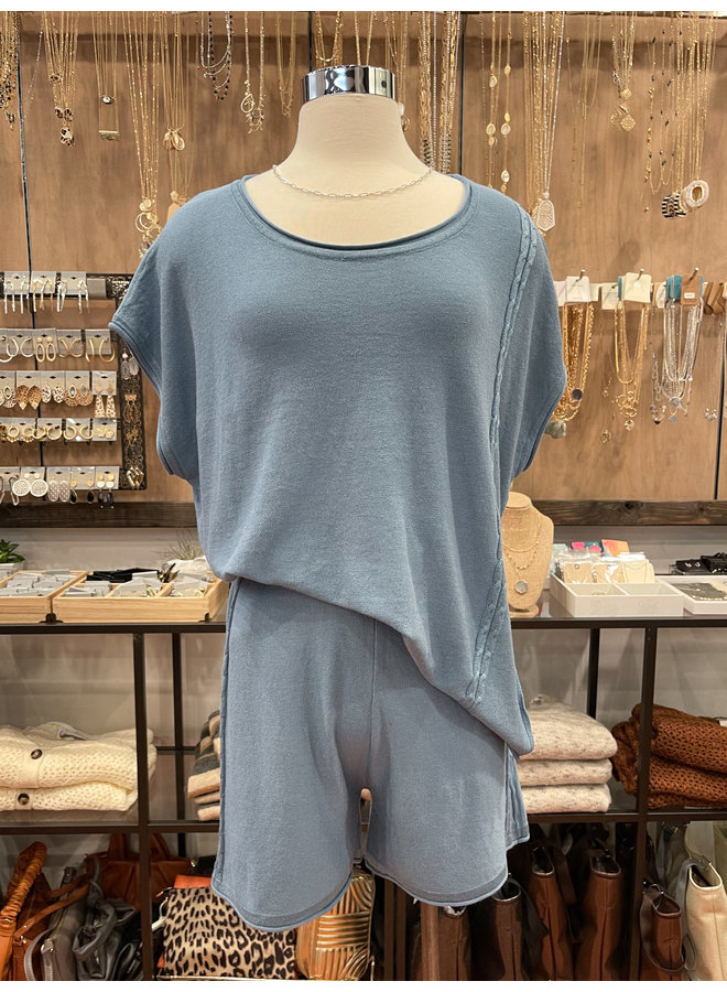 SWEATER KNIT TOP *3 colors available*
