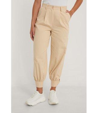 NA-KD Cocoon Suit Pants - BEIGE