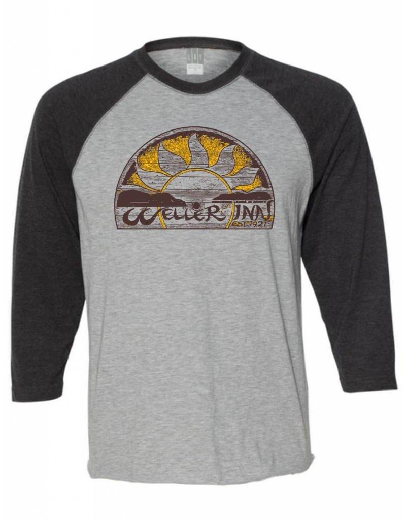 #18 Vintage 3/4 Sleeve Raglan Shirt - Weller Inn
