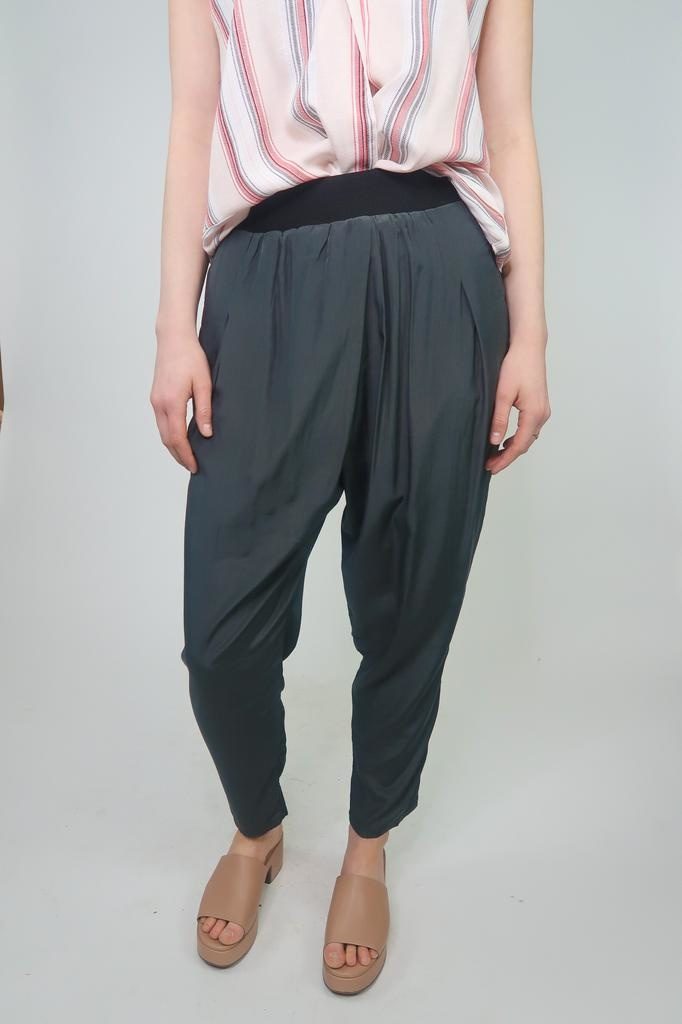 Grade & Gather Drape Pants