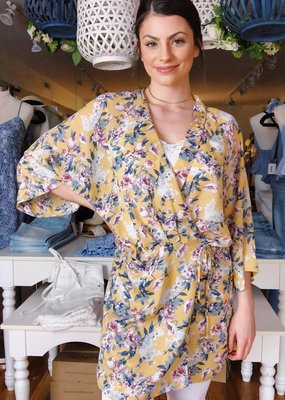 Look by M Loosen Up Kimono