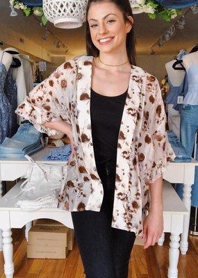 Look by M Life is Ruffle Sleeve Kimono