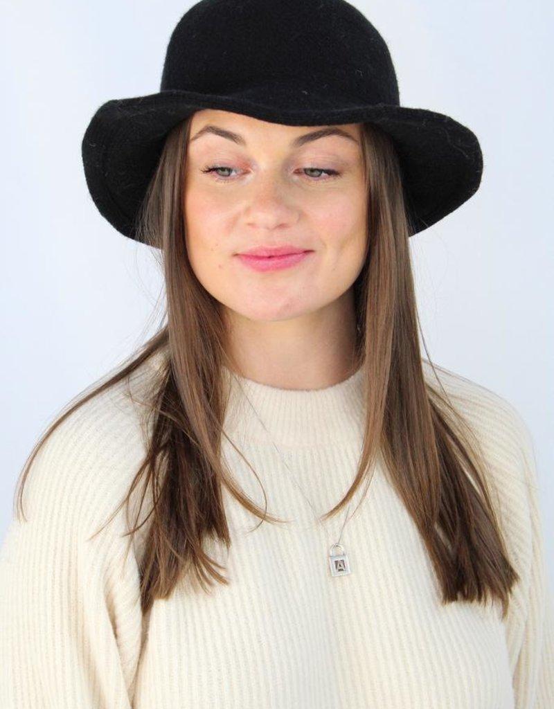 Look by M Bucket Hat