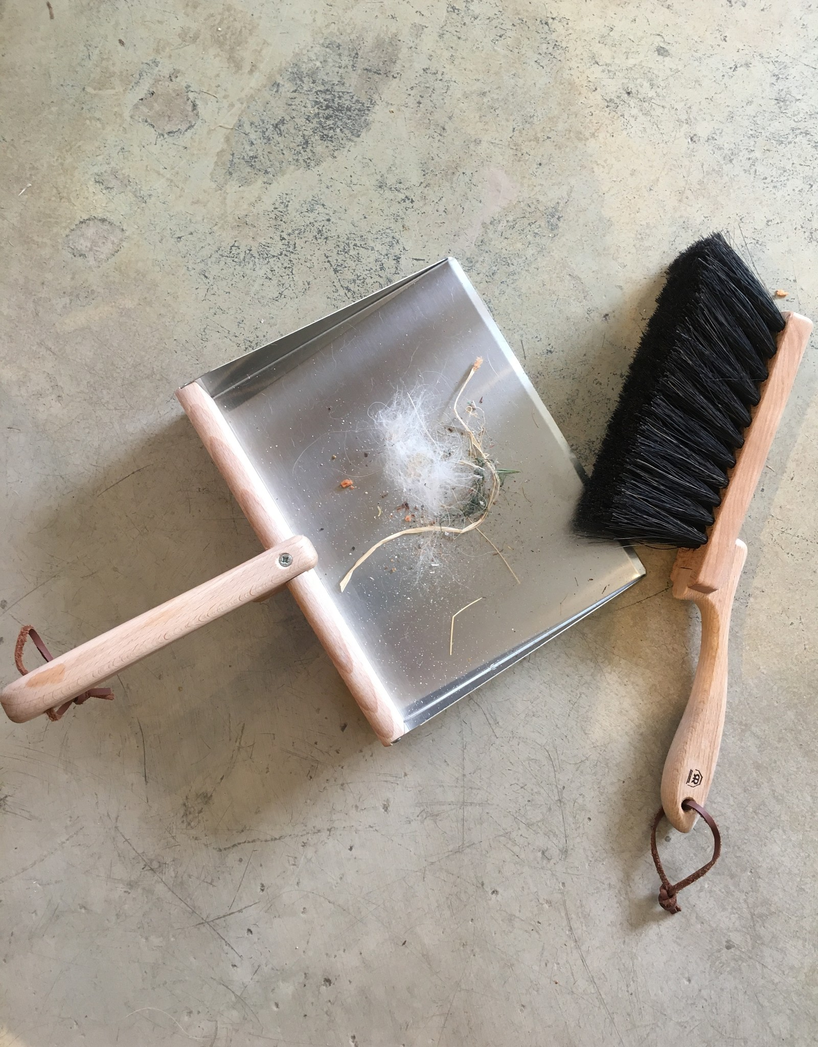Redecker Hand Brush and Dust Pan Set