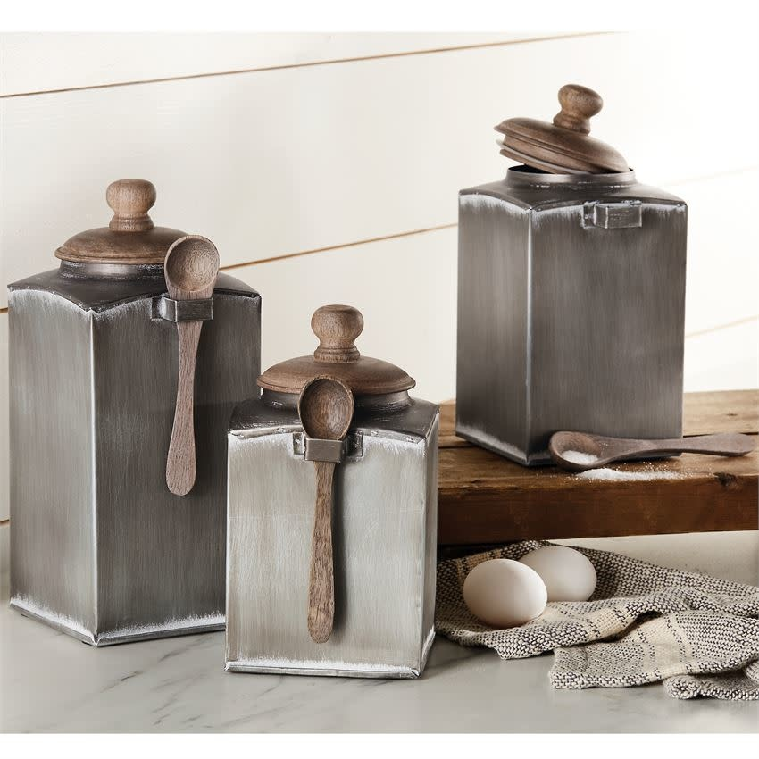 Mudpie MEDIUM TIN CANISTER W SPOON