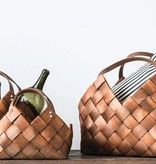 Lg Woven Seagrass Basket w/ Leather Handles
