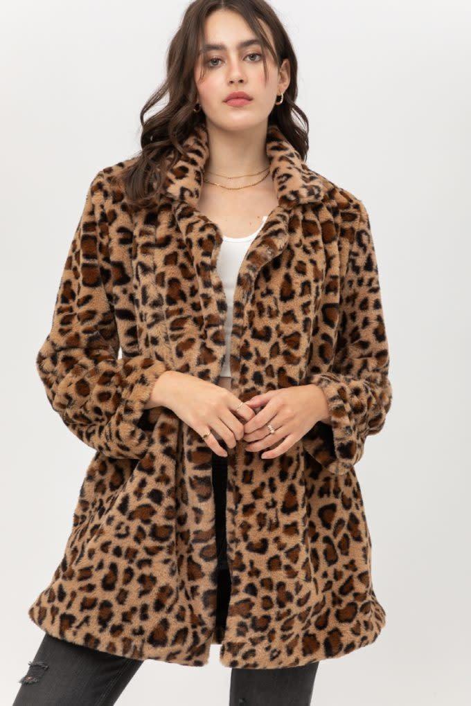 Fleurish Home Leopard Print Faux Fur Teddy Coat