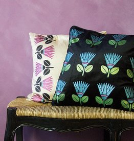 Royal Design Studios Sm African Protea Flower
