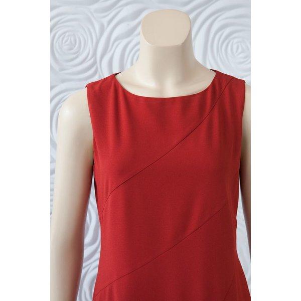 Donna Degnan Solid Spiral Dress
