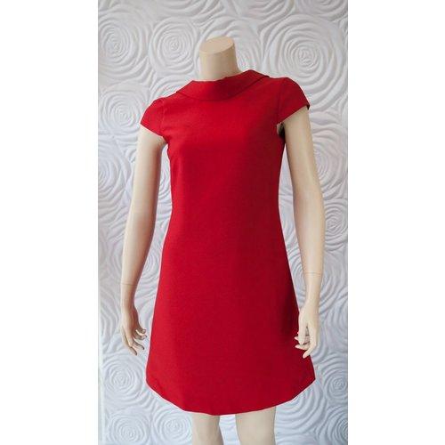 Camilyn Beth Camilyn Beth High Neck Line Dress