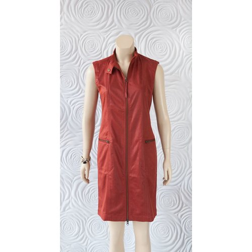 209 West 209 West Sleeveless Dress with Zipper Pockets