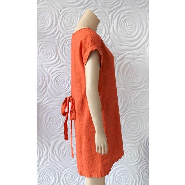 Haris Cotton Short Sleeve Dress with Crew Neck and Slight Pleats