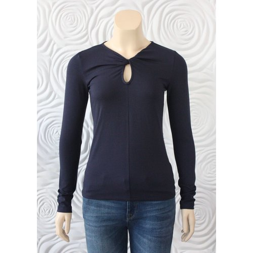 Donna Degnan Donna Degnan Twist Front Long Sleeve T-Shirt