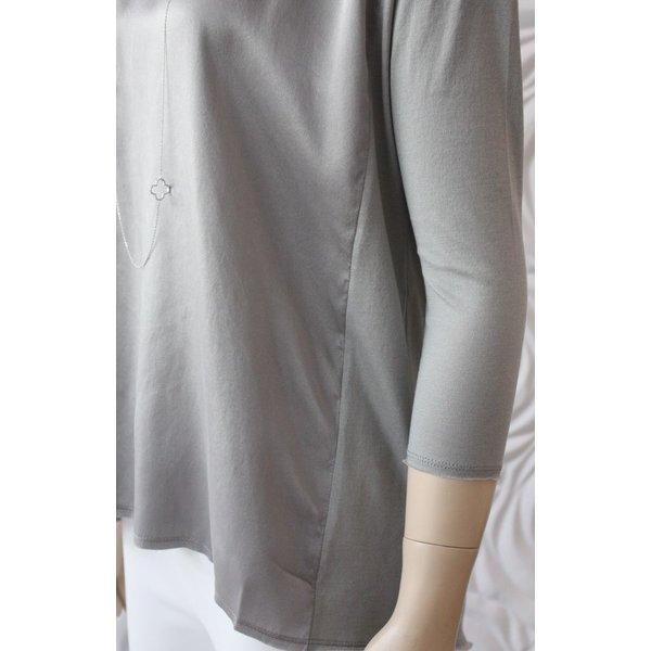 Go Silk Hybrid Top with 3/4 Sleeve