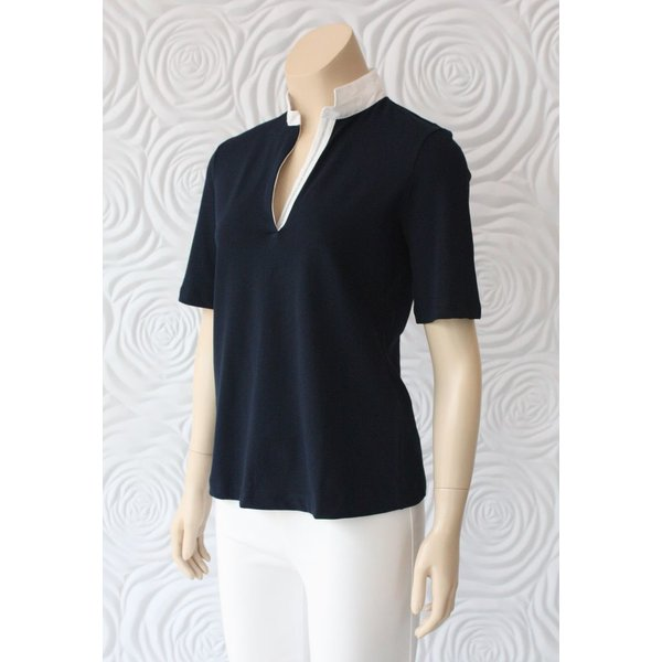 Gran Sasso Polo With Sequence  Detail On The Collar