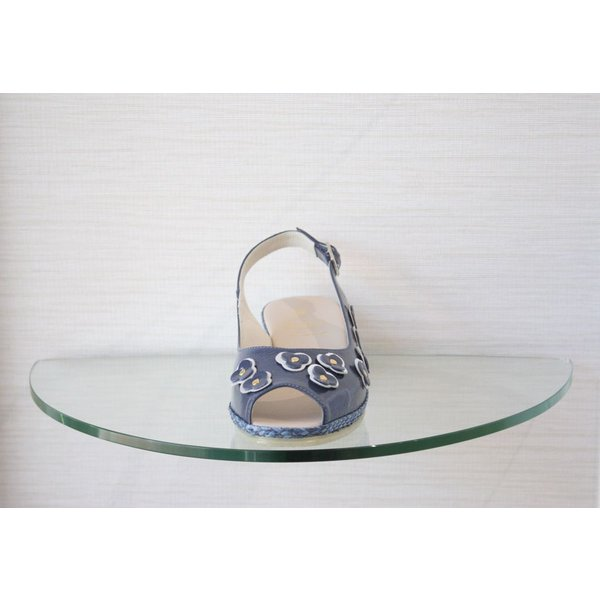 Spiffy Wedge with Patent Flowers