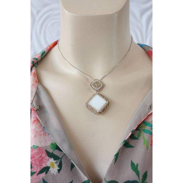La Costa Diagonal Gem Drop White Opal Gold