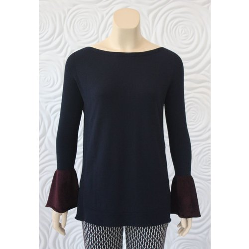 D Exterior D Exterior Sweater Top with Wrist Detail in Navy