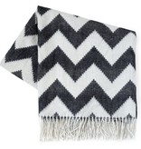 ZIG ZAG ALPACA THROW