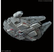 BANDAI MODEL KITS 015 Millennium Falcon Star Wars