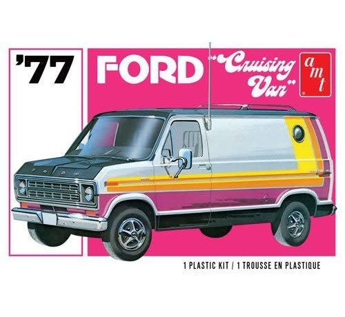 AMT Models (AMT) 1108M 1977 Ford Crusing Van 1/25 Plastic Model Kit
